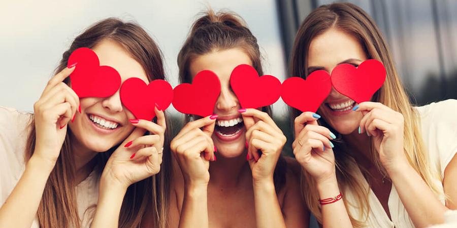 女子同士で過ごすバレンタインが主流!映えアイテムといえばパジャマがマスト!